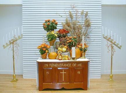 Altar_Thanksgiving2001